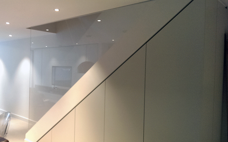 internal glass balustrade for stairs