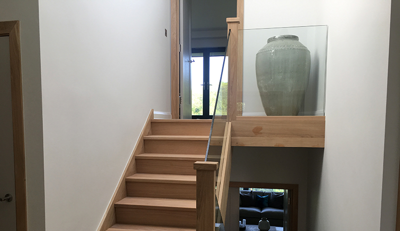 internal glass for stairs and landing